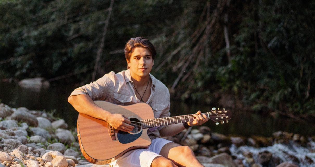 Um  Novo nome do Pop/MPB:  Gustavo Fraga